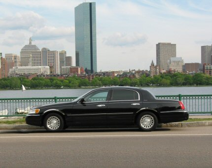 CCE Limo Service - Lincoln Town Car